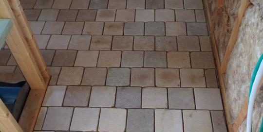 Keramische tegels, parketvloer en natuursteen 17