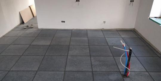 Keramische tegels, parketvloer en natuursteen 10